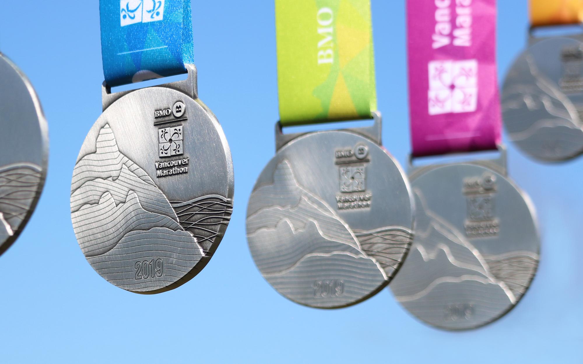 2019.M.BMOVM.Medals-IMG_7523-BMO.half-sk-IG-BMOVancouverMarathon-2000x1250px