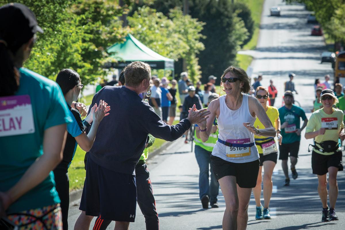 BMOVM.M.Images-MarathonRelay-17-2016-RelayFive-PrestonEmerson.VancouverMarathon