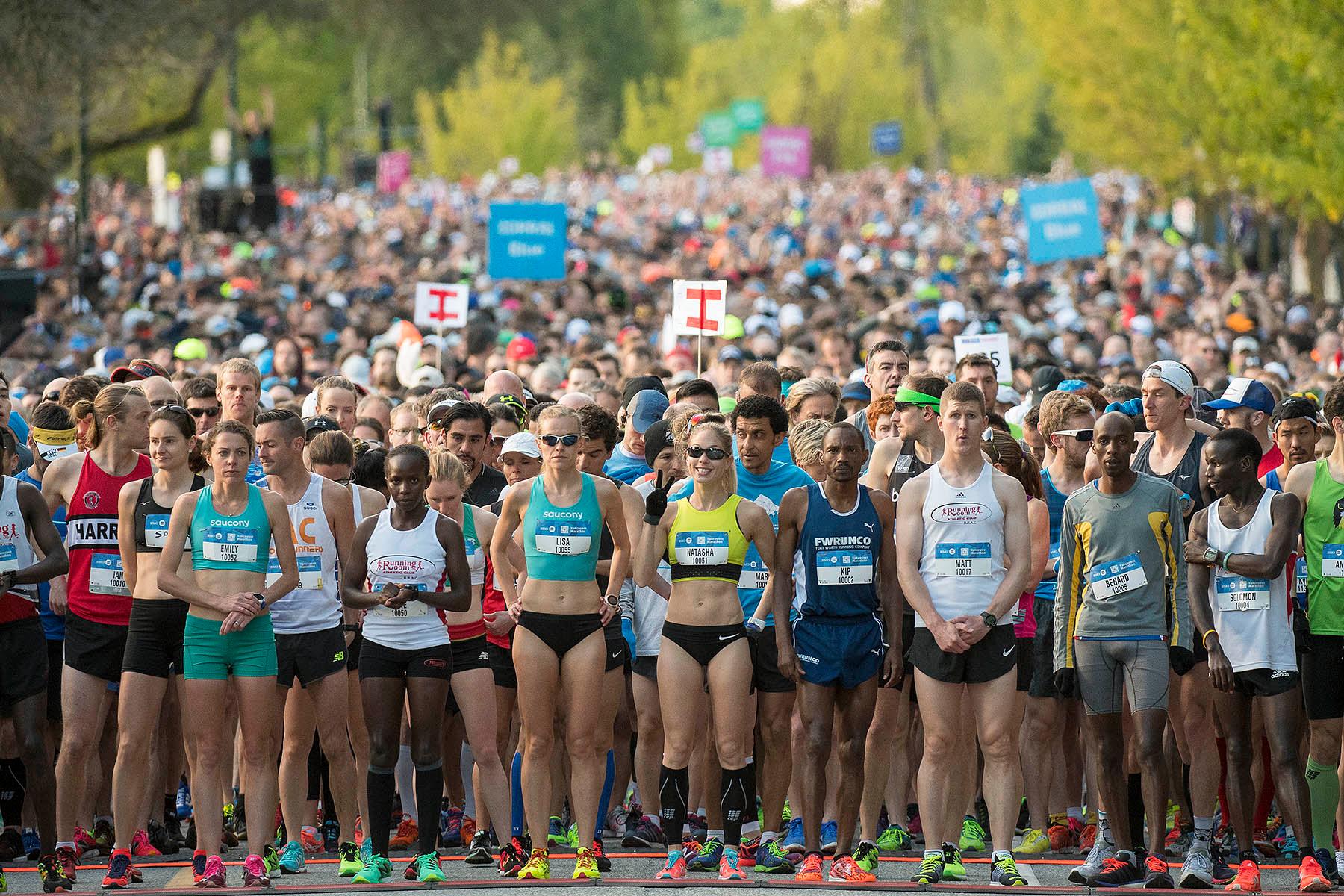 2017 bmo vancouver marathon photos bmo vancouver marathon