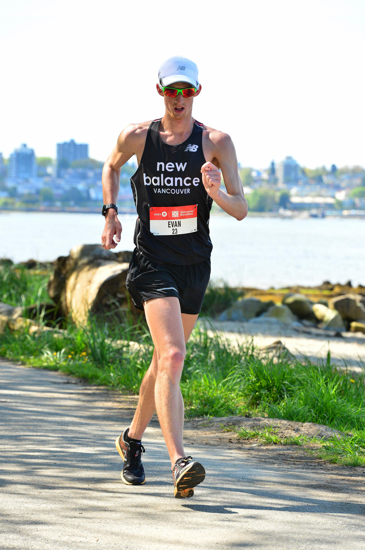 40-2017-EvanDunfee-OlympianRaceWalker-VancouverMarathon-MarathonFoto-RUNVAN-web