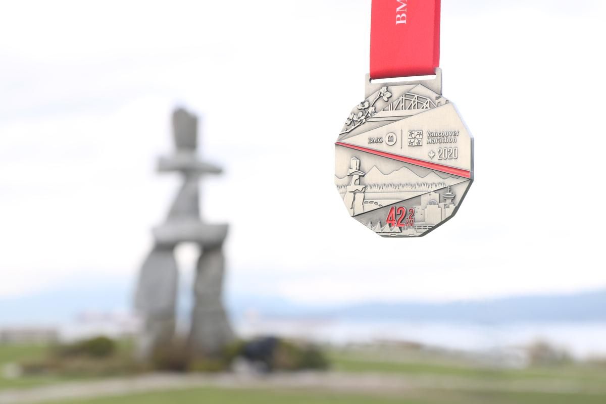 2020.M.BMOVM.1200x800.x.Medal.Marathon-IMG_0481-lit.e-sk